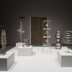 第四展間展出淑卡爾以金屬、絲線、玻璃構成的雕塑作品,作品的平衡性及數學幾何構成揉合了中東與西方的藝術思維。 (c) Saloua Raouda Choucair Foundation、攝影:J. Fernandes, Tate Photography